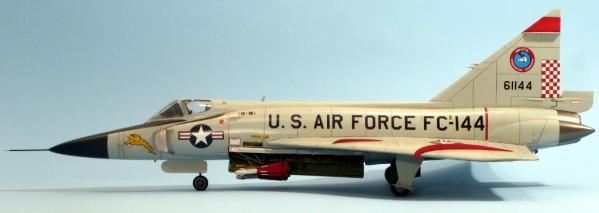 F102A_002