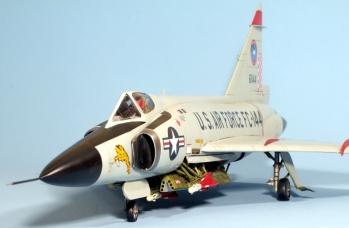 F102A_004
