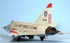F102A_007