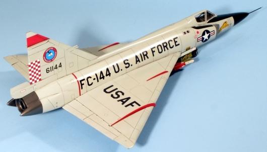 F102A_010