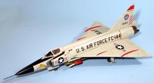 F102A_013