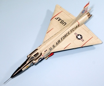 F102A_014