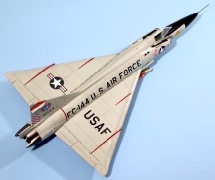 F102A_016