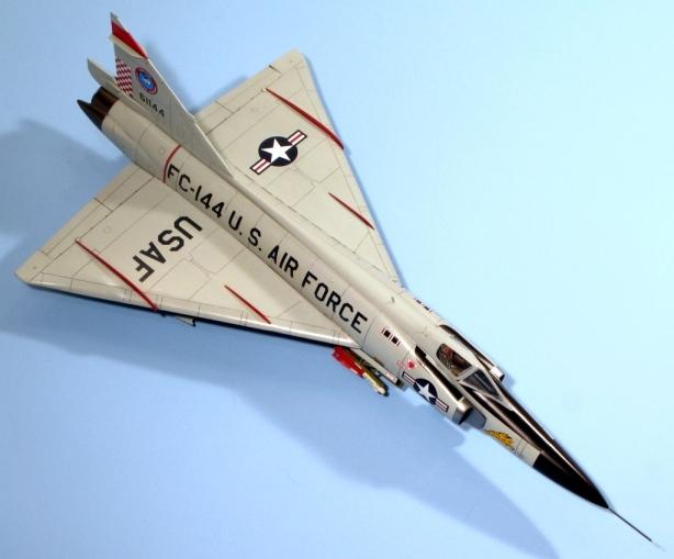 F102A_017