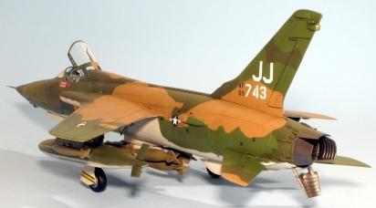 F105D_016