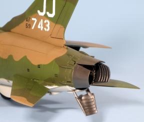 F105D_017
