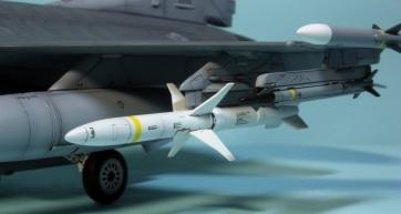 F16CJ_006