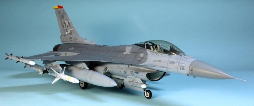 F16CJ_033