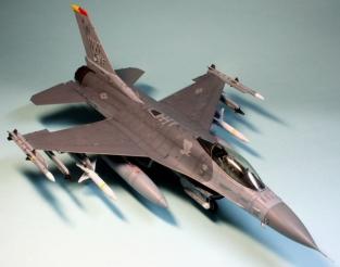 F16CJ_051