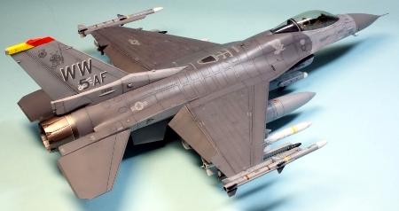 F16CJ_062