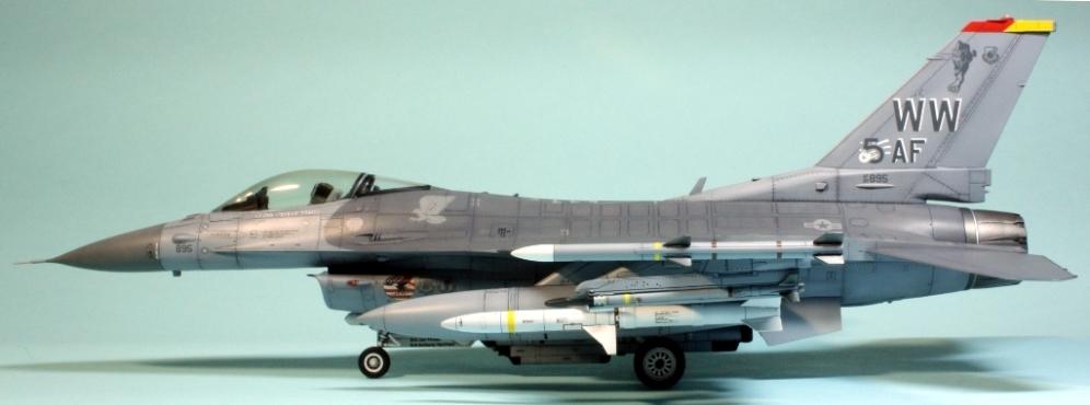 F16CJ_082