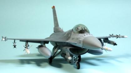 F16CJ_087