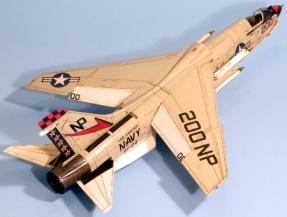 F8J_003