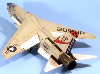 F8J_006