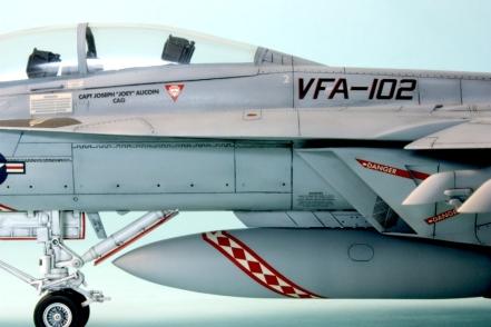 FA18F_025