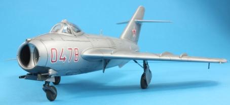 MiG17F_010