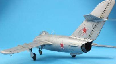 MiG17F_011