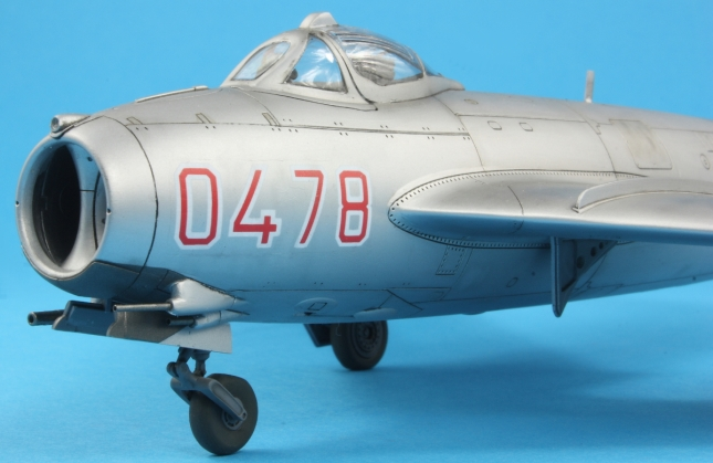 MiG17F_013
