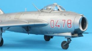 MiG17F_016