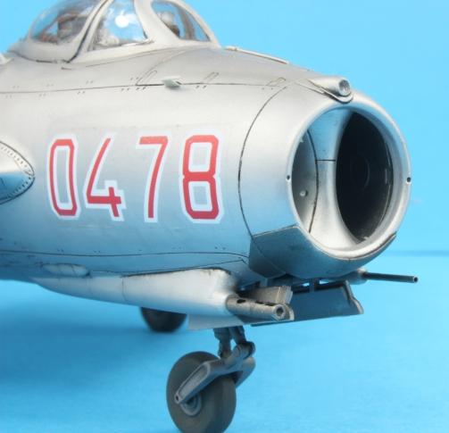 MiG17F_017