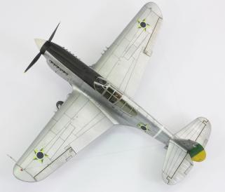 F40E_33