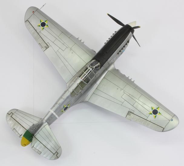 F40E_34