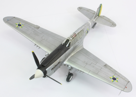 F40E_37