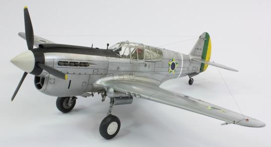 F40E_42
