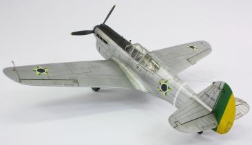 F40E_43