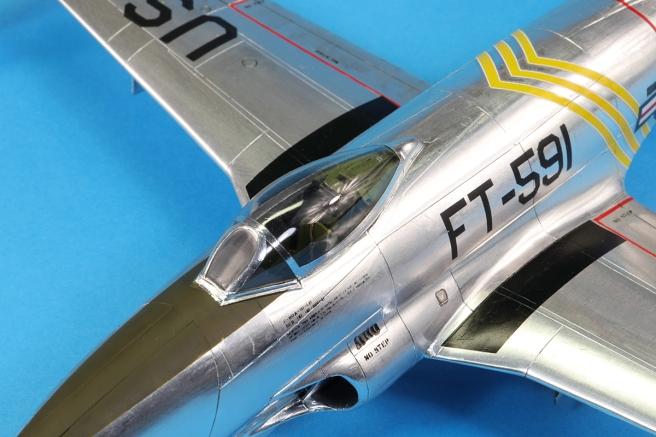 F80C_27