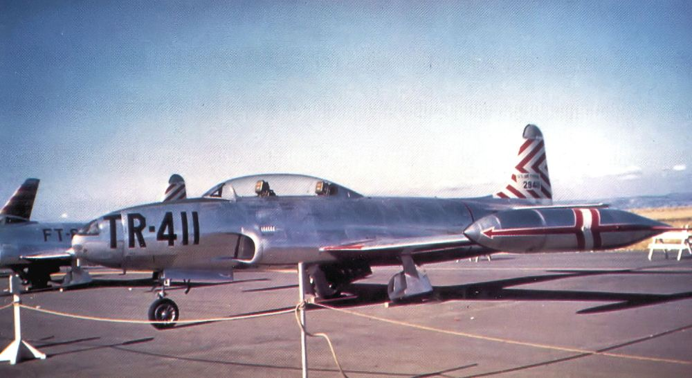 349th_Fighter-Bomber_Group_-_Lockheed_T-33A_52-9411