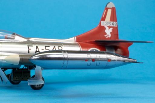 F94C_26