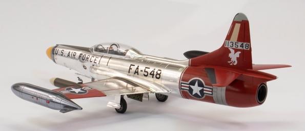F94C_43
