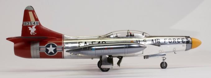F94C_46