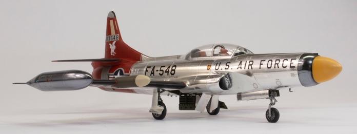 F94C_47