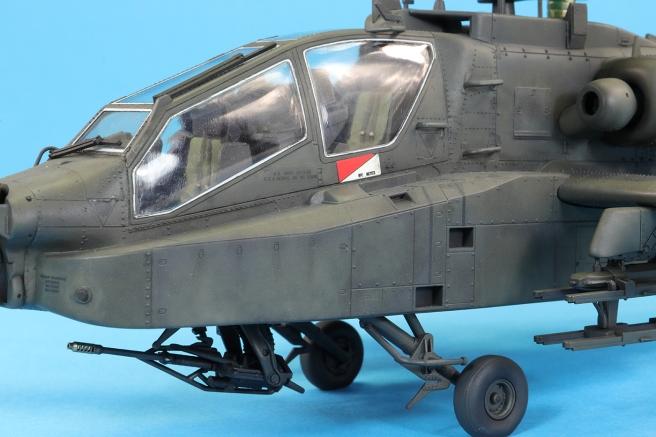 AH64D_73