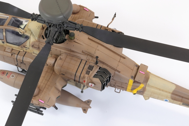 AH64DI_47